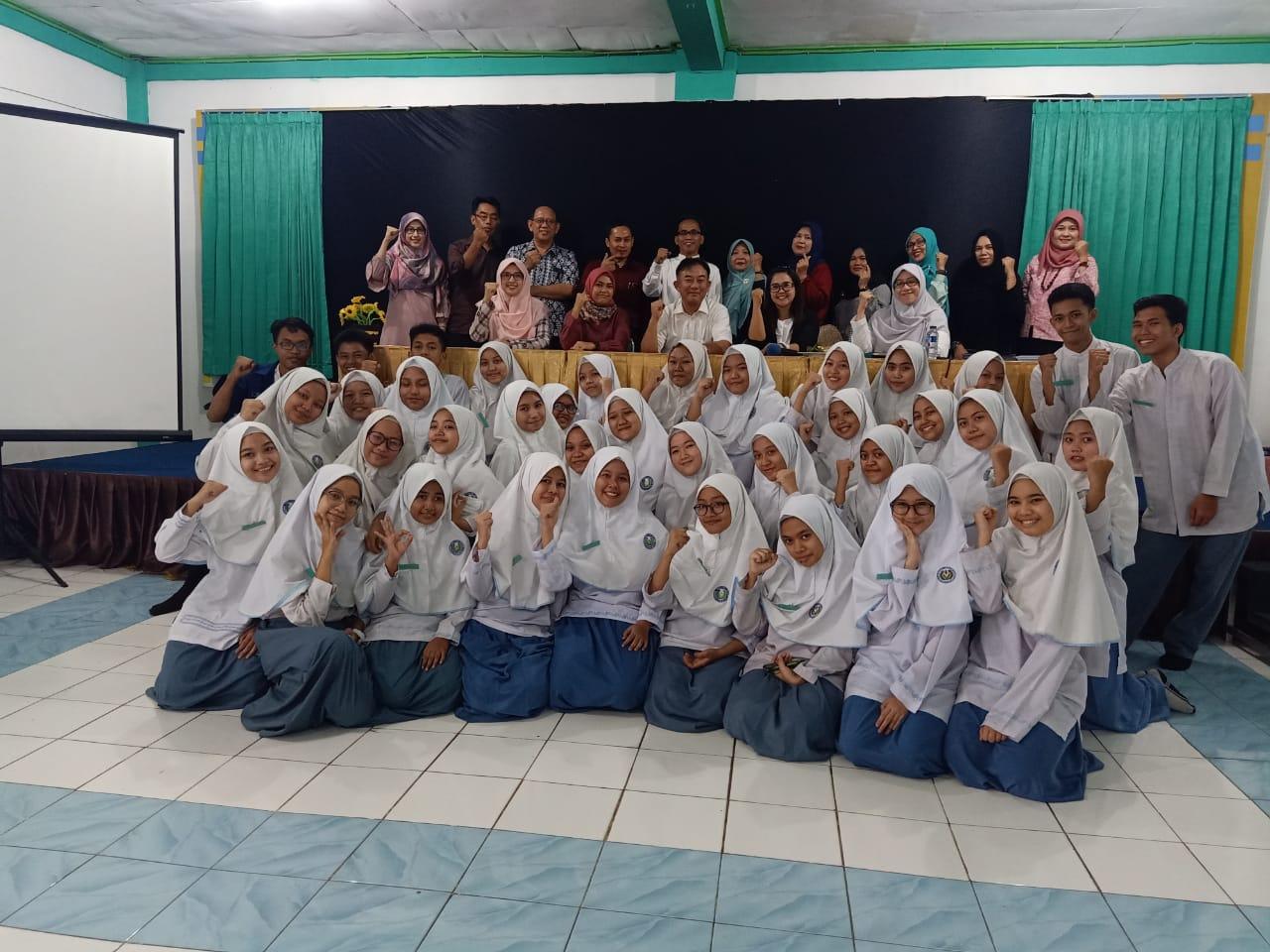 Kunjungan Sosialisasi kepada SMK Pelita Alam